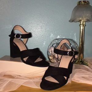 🌹Abound Chunky Heel Sandal ~ 8.5